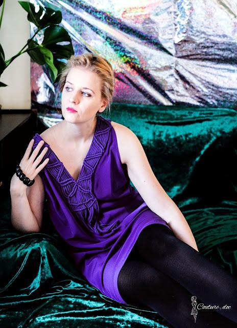 ultrafioletowa sukienka zara