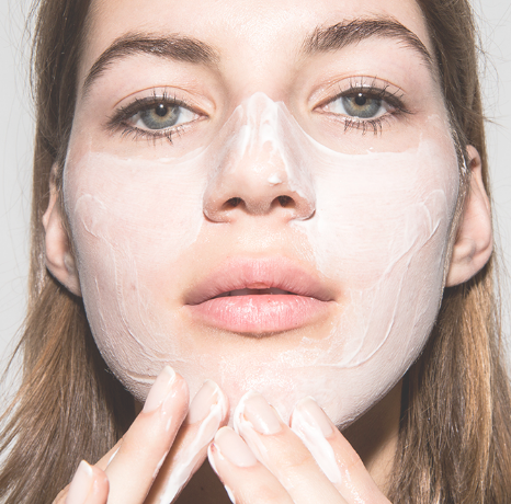 7 best  home remedies to reduce pore size