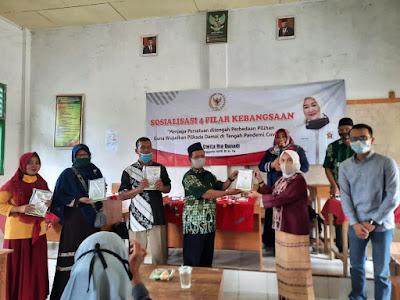 Dwita Ria Gunadi Sosialisasikan 4 Pilar Kebangsaan di Kecamatan Sendang Agung