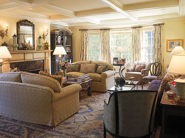 Modern Furniture Traditional Living Room Decorating Ideas