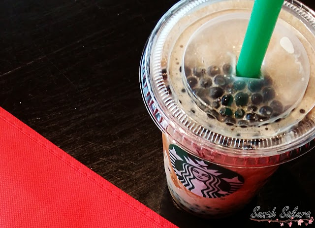 Wordless Wednesday: Starbucks Dark Caramel Coffee Sphere Frappucino