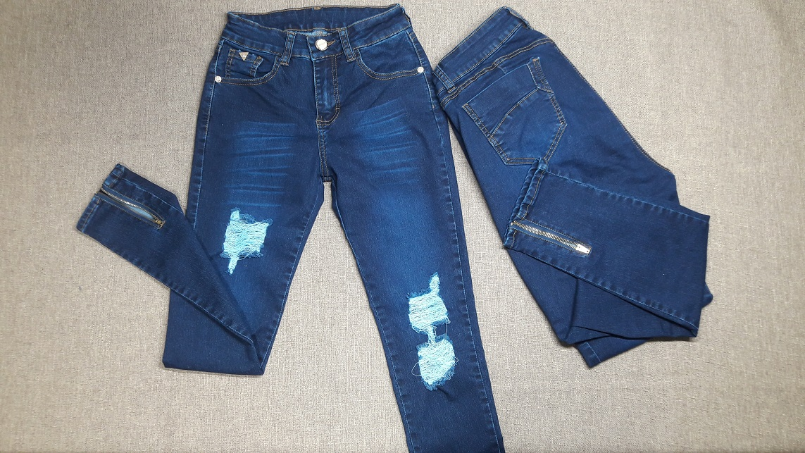 Pantalones con Cierre Abajo