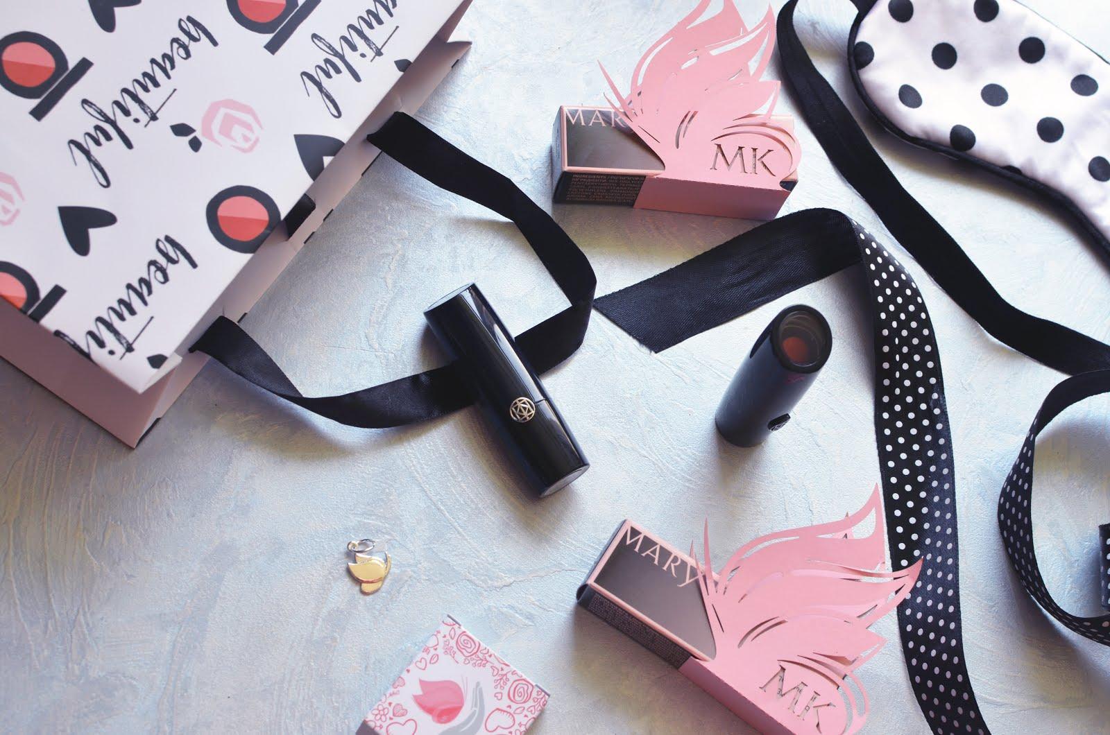 MARY KAY Gel Semi-Shine Lipstick Pink Mod and Matte Powerful Pink \ Сияющая Гелевая Губная Помада в оттенке Модный Розовый и матовая Стильный Розовый