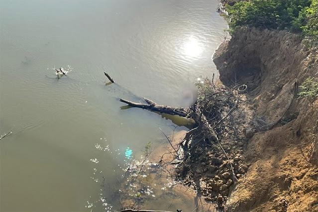 Corpo de homem é encontrado com mãos amarradas no rio Candeias