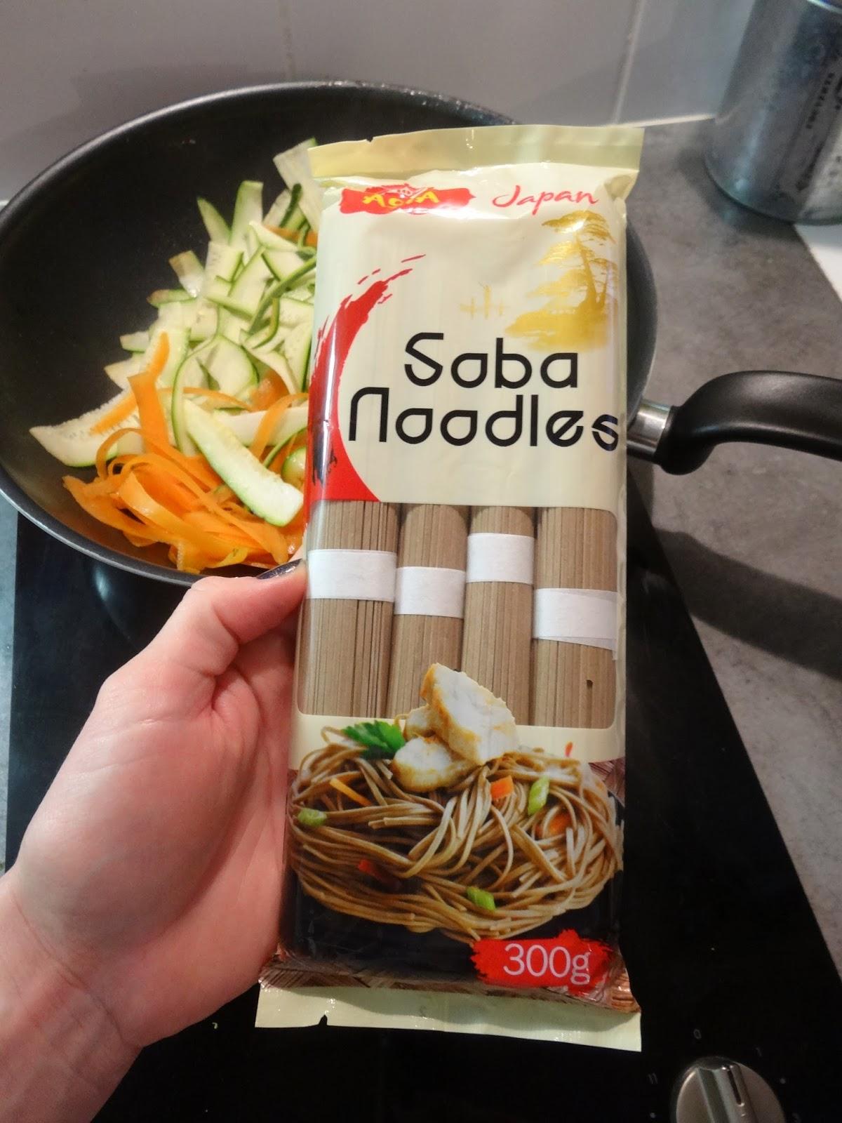 A d m nage en cuisine wok de soba aux l gumes et poulet - Portion pates par personne ...