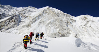 Nepal bans Solo Climbing on Mount Everest to reduce accidents