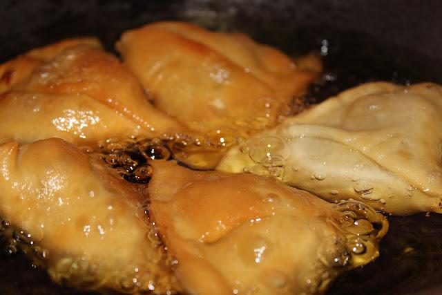 holi के 5 बेहतरीन  पकवान || holi पे बनाएं ये पकवान और सबको खिलाएं ||  HOLI RECEIPE