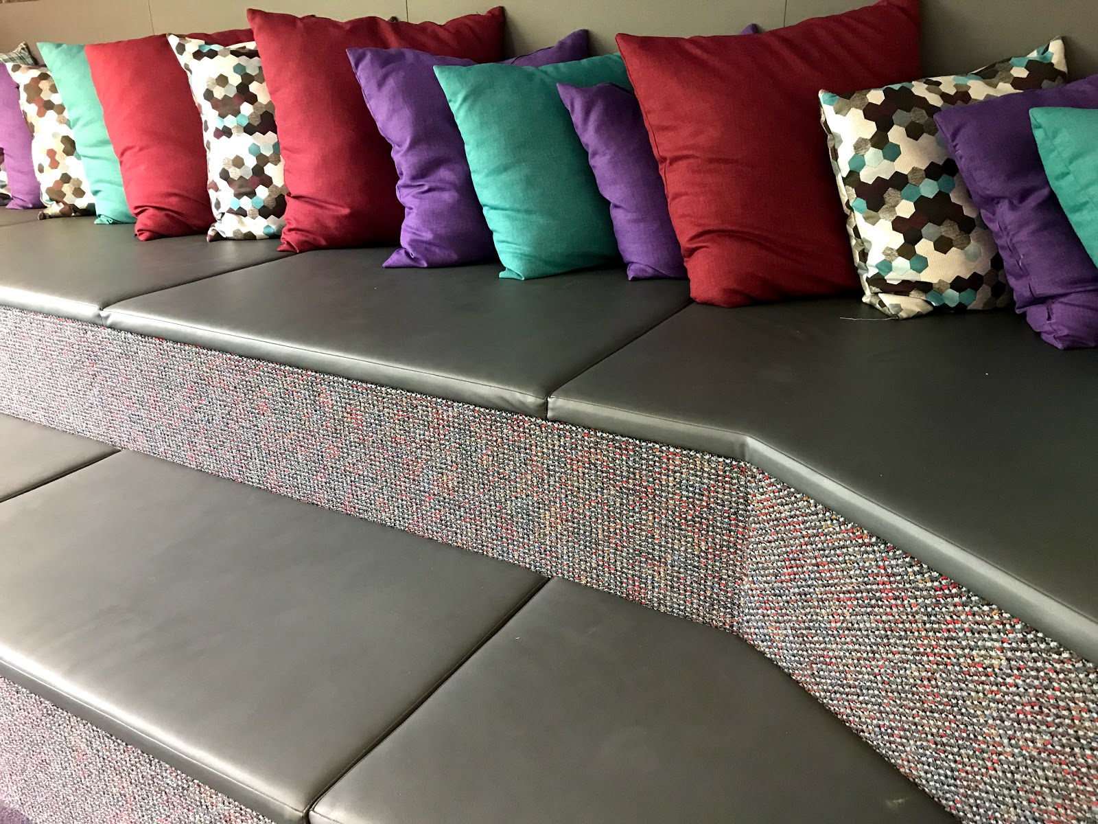 Image: Sofa with pillows in the students rooms to enjoy