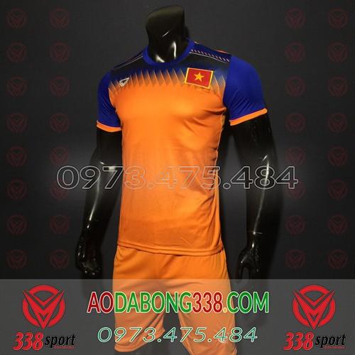 Áo Đội Tuyển Việt Nam 2020 Training Cam