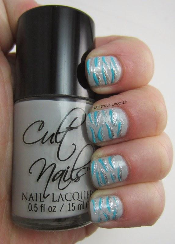 Tiger-Stripe-Nail-Art-Non-Traditional