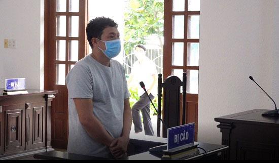 Tuyên phạt đối tượng làm lây lan dịch bệnh 30 tháng tù