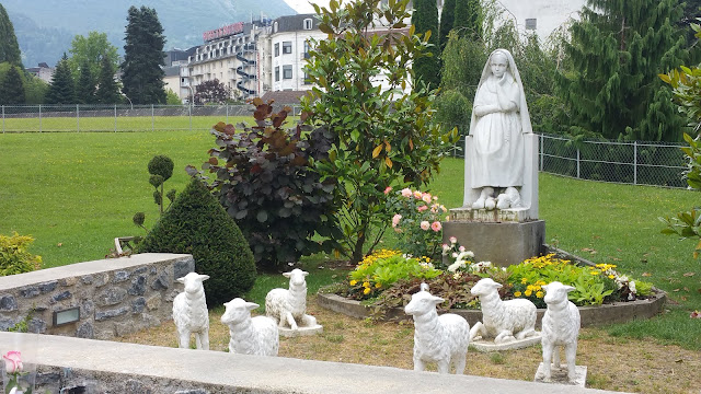 Sainte Berrnadette, sanctuaire de Lourdes©KT42  F.D