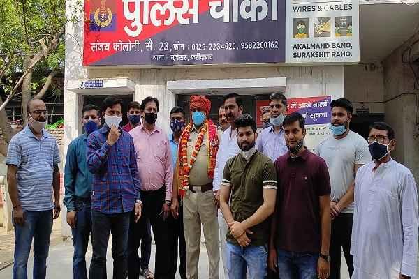 faridabad-sanjay-colony-police-chowki-inspector-rambir-singh