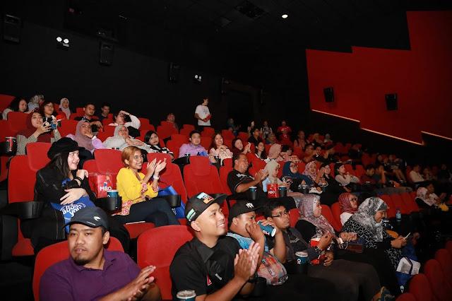 Domino's Perkenalkan Manisan Saranghae-ny Stix  Lancarkan Sajian Terbaru di Tayangan Perdana K-Filem