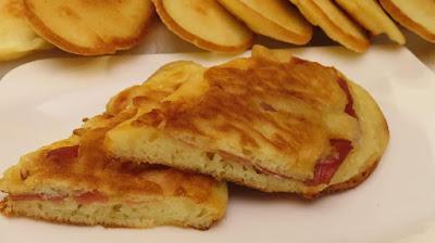 Sendvič Uštipci s Pancetom / Fritter Sandwich with Bacon