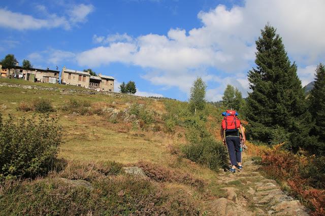 Sentiero Scoccia per il Rifugio Alpe Piazza - Albaredo San Marco