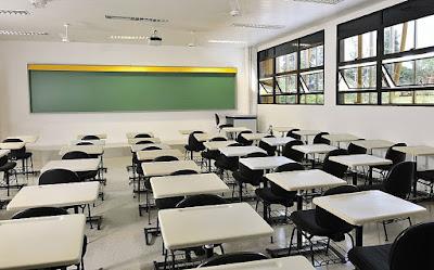 Pais vão à Justiça para pedir volta às aulas presenciais em SP ainda este ano.