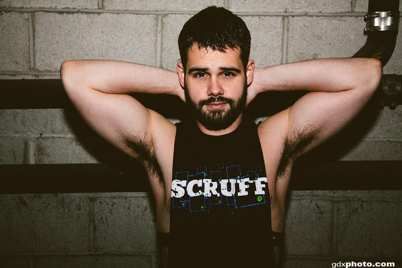 gay escort messina anunc gay bear