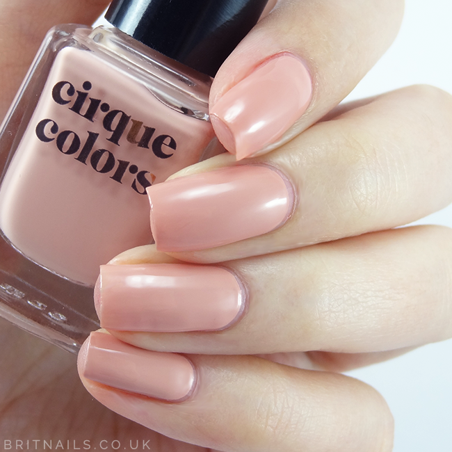 Cirque Colors Minetta