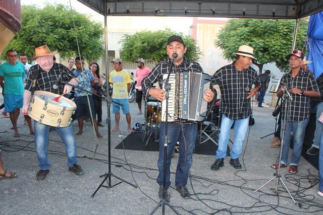 Prefeitura de Caraúbas cria auxílio que pode chegar a R$ 600 para músicos e prepara Festa Junina Online