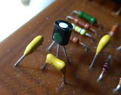 Sovtek Big Muff Bubble Font transistors