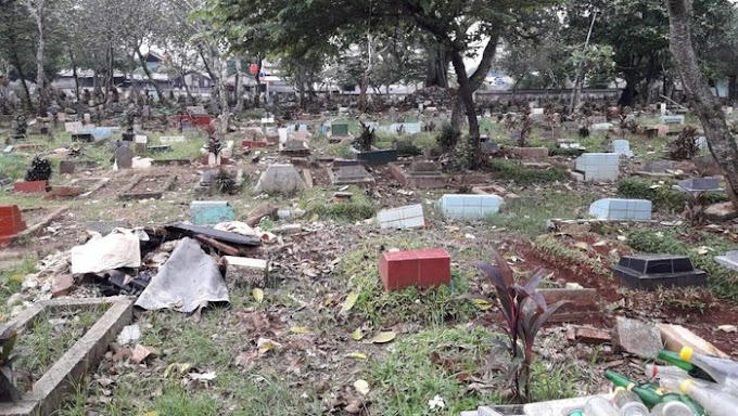 Miris, Dangdutan di Pemakaman Merusak Semua Fasilitas Pemakaman