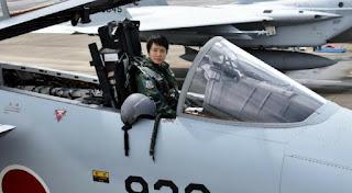 سلاح الجو الياباني يعين لاول مرة سيدة في وظيفة طيار مقاتل