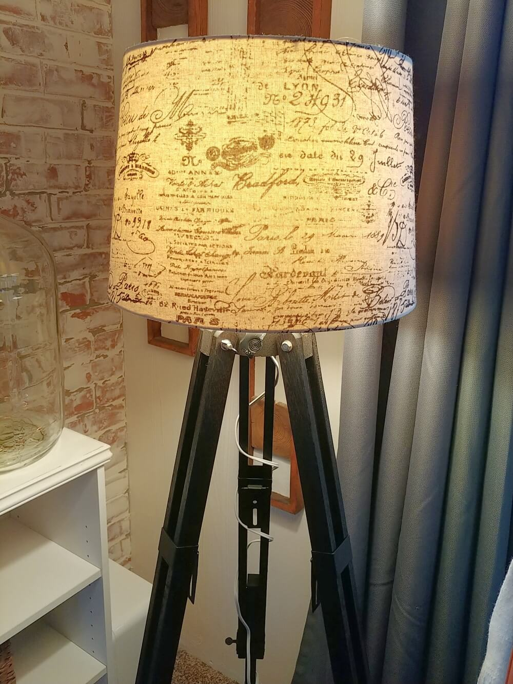 Upcycled Camera Tripod Lamp