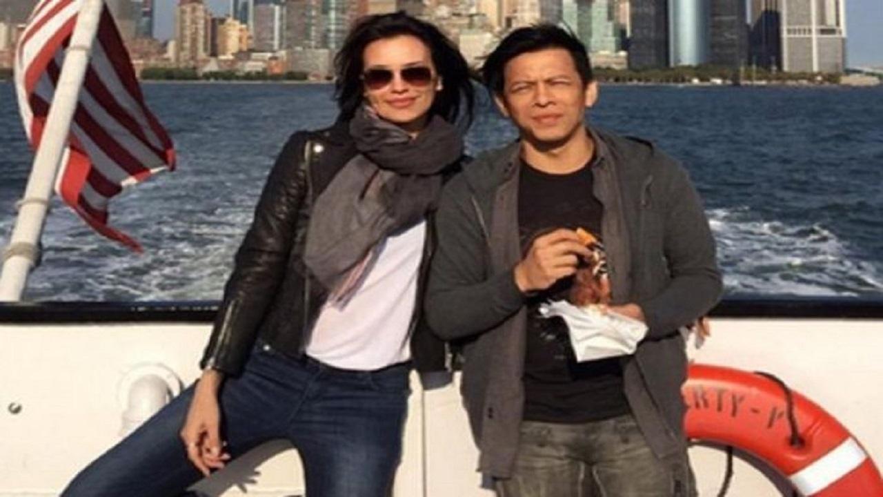 Bikin Kaget Satu Indonesia, Ayah Sophia Latjuba Kala Muda Ternyata Mirip Ariel NOAH, Intip Foto Keduanya Kalau Tak Percaya!