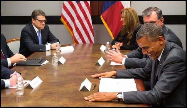 http://1.bp.blogspot.com/-bxCOfxWDWiY/U77upCsh60I/AAAAAAAAeU0/KOoOElZsFL8/s1600/obama_perry2_zpsa44ef195.jpg