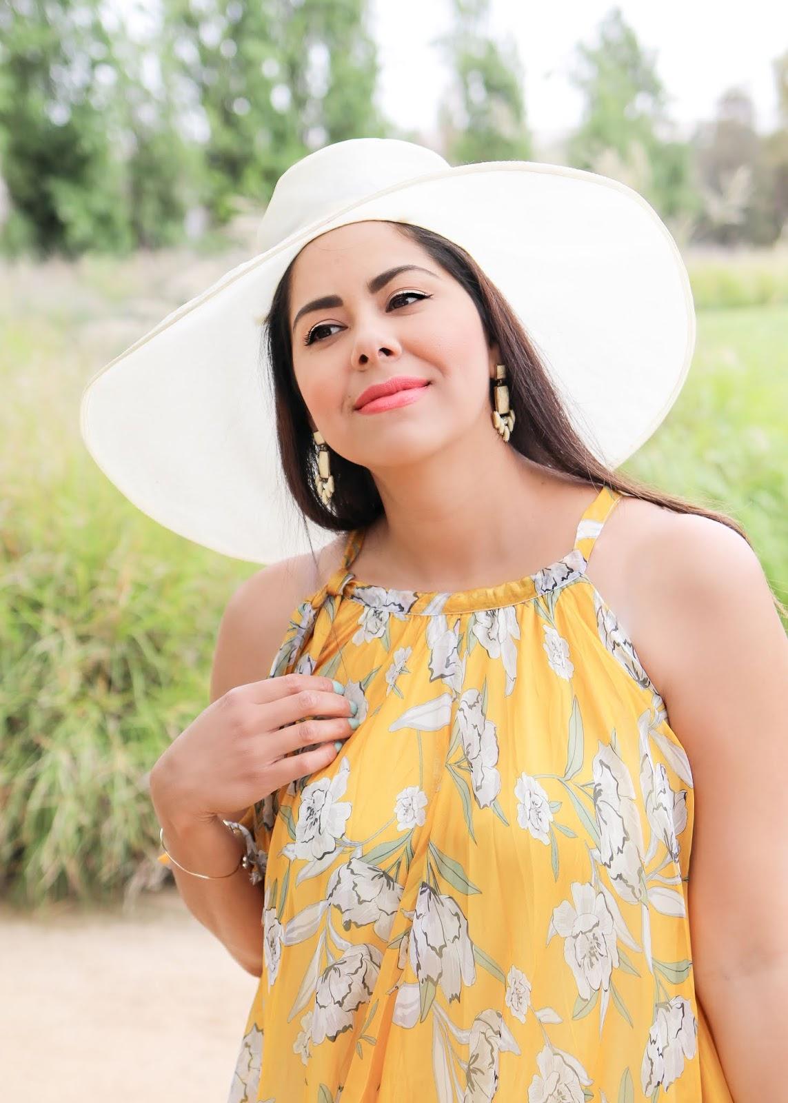 San Diego Beauty Blogger, mac lipstick vegas volt