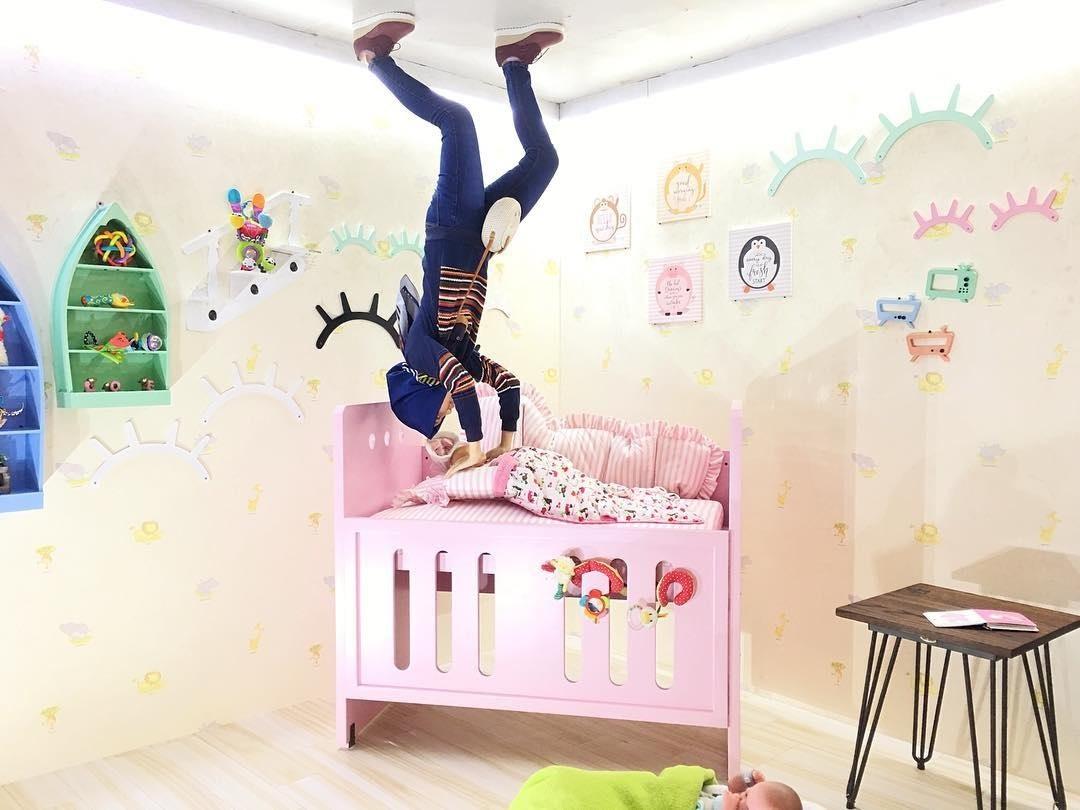 Spot Foto Kamar Tidur Anak Upside Down World Jogja