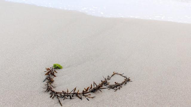 sawarna ciantir pasir putih pantai