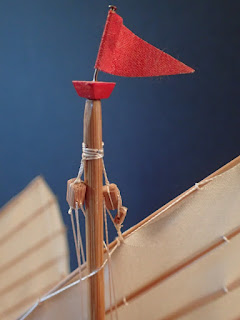 Mainmast device on Chinese junk model