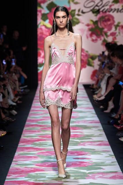 Модное платье весна-лето 2020 21