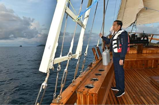 Jokowi Izinkan Asing Cari Harta Karun di Bawah Laut RI