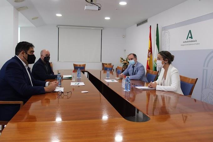 La Junta presenta las nuevas medidas de apoyo a las empresas y para los autónomos