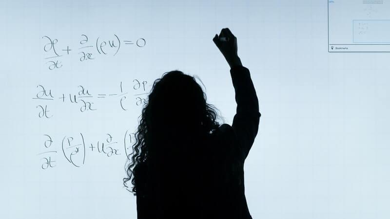 cauchy-problems-for-beginners-in-mathematics