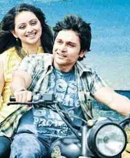 Shruti Marathe With Gaurav Ghatnekar