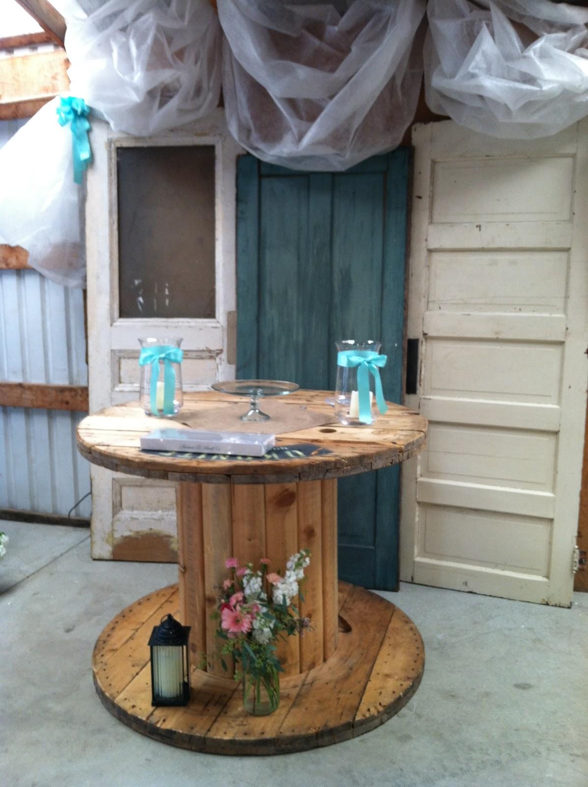 I Do Weddings Barn Wedding In Mapleton
