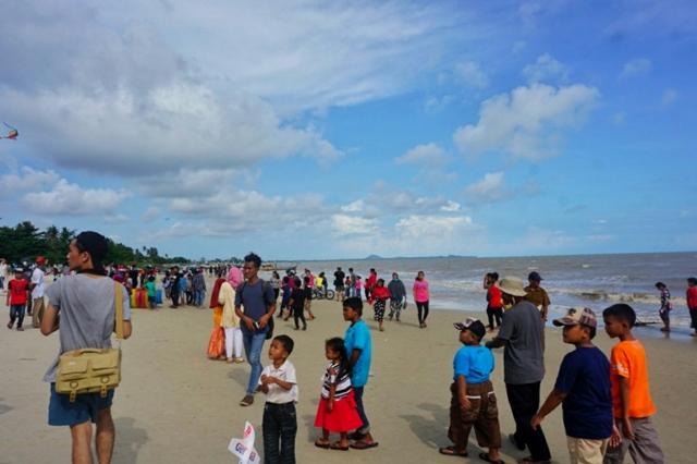 Pantai Nek Aji Toboali Bangka Selatan