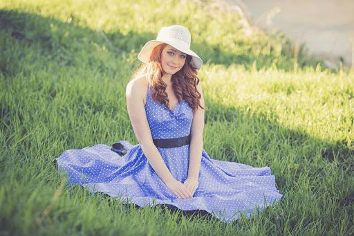 Wiosenno – letnie trendy w damski modzie – jak przygotować się na nadchodzące ciepłe miesiące?