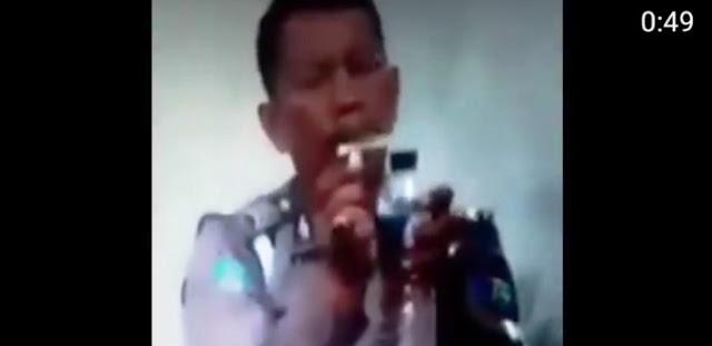 Oknum Polisi Kasus Video Isap Sabu Menyerahkan Diri, Perekamnya Ditangkap