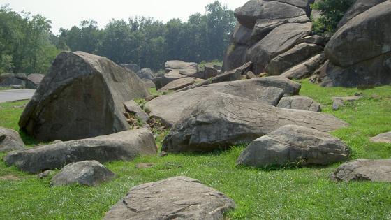 photo of Devil's Den at Gettysburg