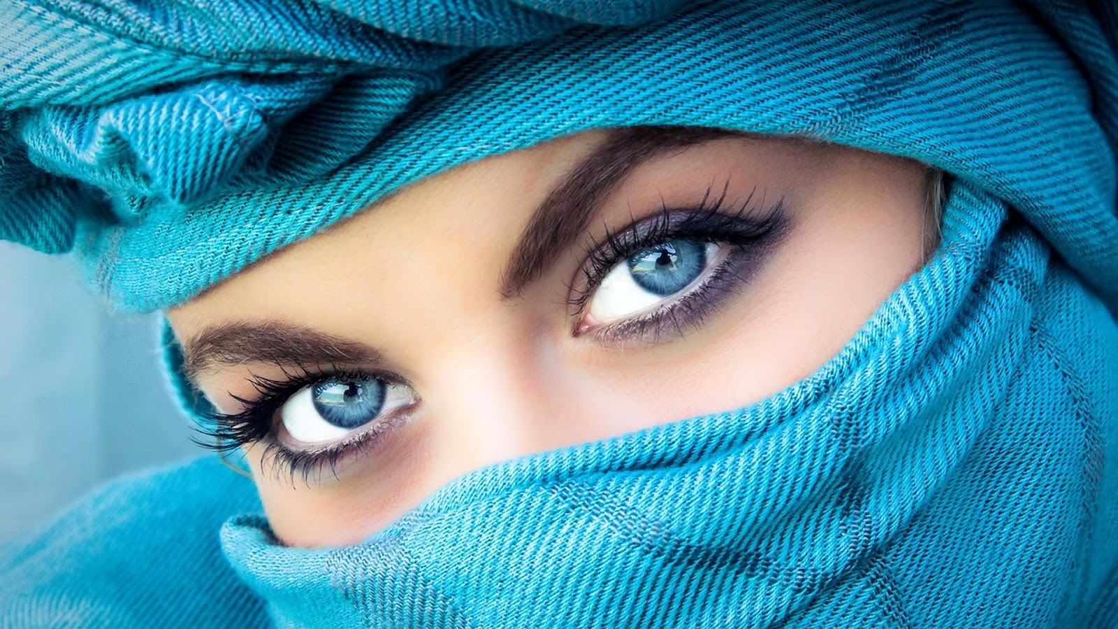 FamousCelebrityBible | Beautiful Eyes