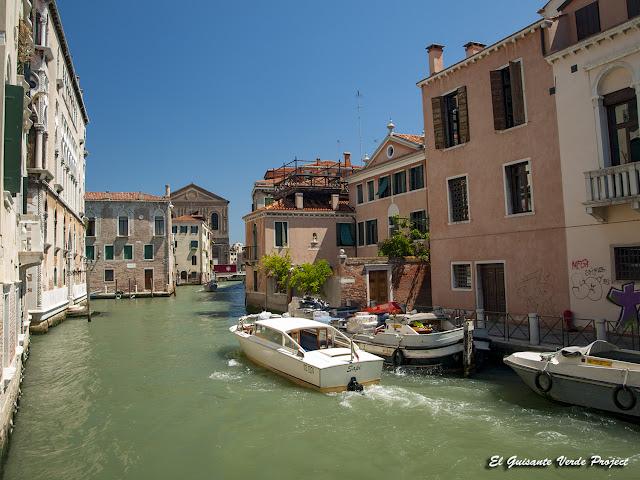 Canales en Cannaregio - Venecia por El Guisante Verde Project