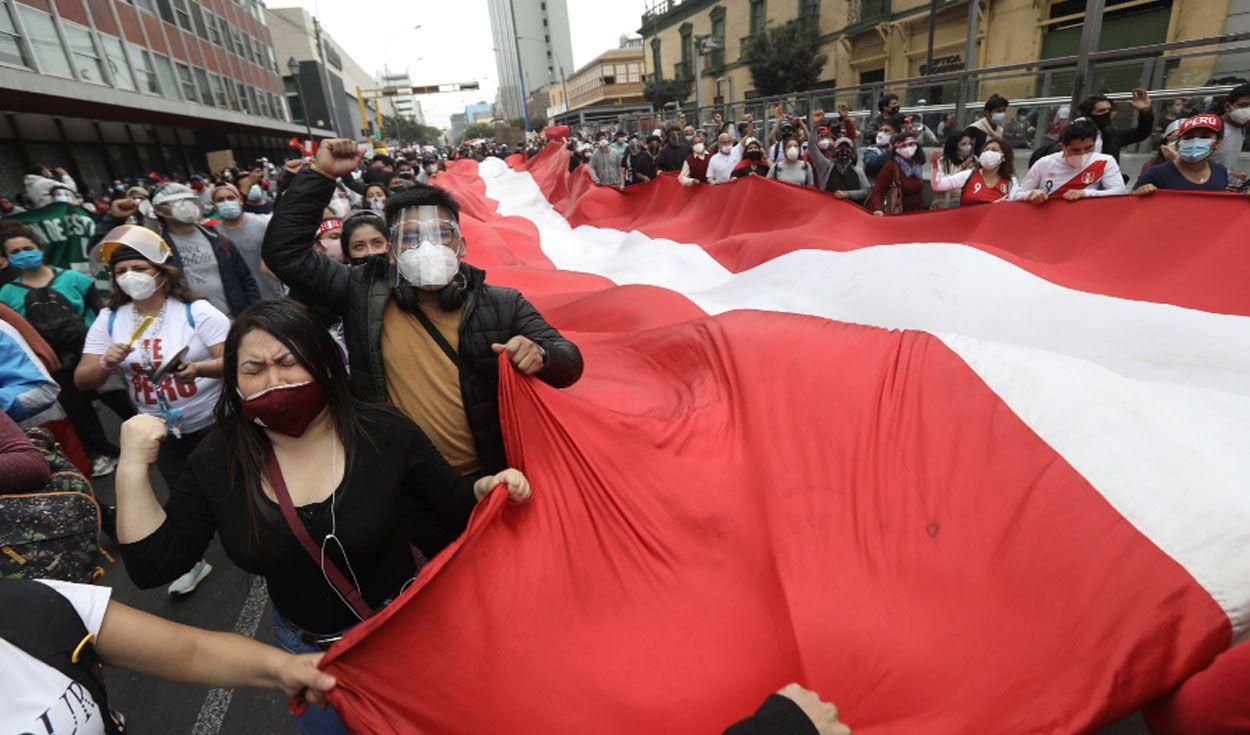Gran movilizacion nacional en rechazo al presidente Manuel Merino hoy a partir de las 5 pm
