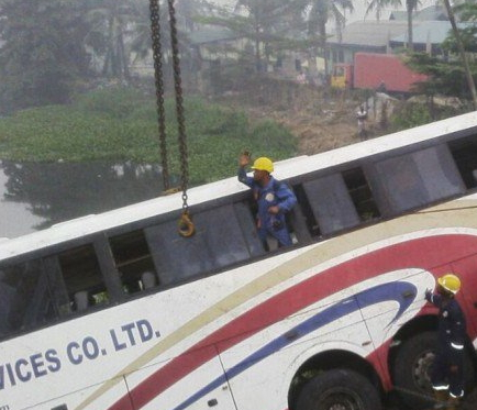 guo transport bus falls into river lagos