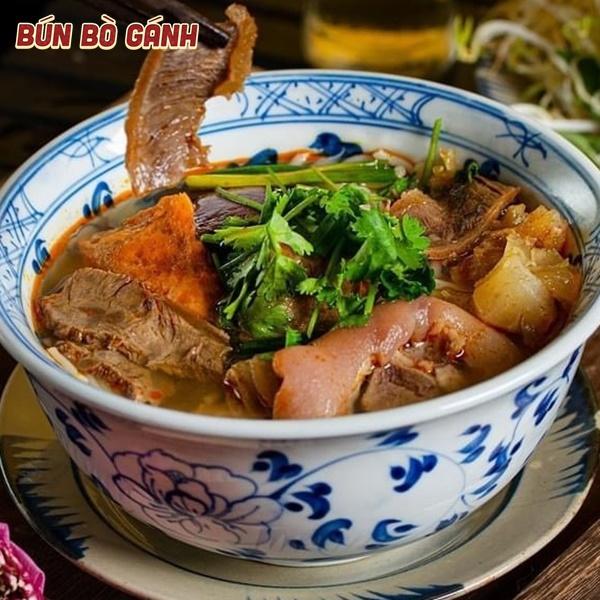 Bún Bò Đặc Biệt (Thập Cẩm) - Special (mixed) Noodles