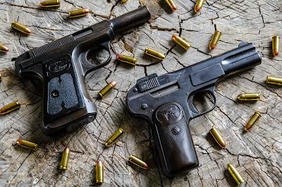Gratuitous Gun Pr0n #187...